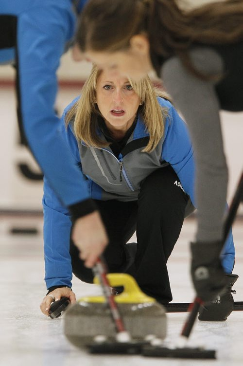October 28, 2013 - 131028  -  Jill Thurston and her team compete against Jennifer Jones in the 2013 Women's Curling Classic at Fort Rouge Curling Club  Monday, October 28, 2013. John Woods / Winnipeg Free Press