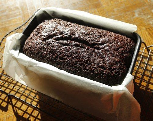 ENT . Recipe Swap , gingerbread loaf  -  story by alison gilmore JAN. 13 2014 / KEN GIGLIOTTI / WINNIPEG FREE PRESS
