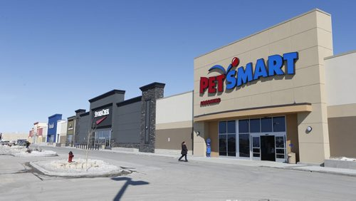 Monday' real estate column- Linden Woods Shopping Centre Kenaston at McGillivray  recently ,completed, four-tenant retail complex in the shopping centre that is the new home for Marshalls, PetSmart, DollarTree and SportChek stores. The latter three are already open and the Marshalls store will ¬†open on March 27. -for Monday'Äôs real estate column on how Marshall'Äôs is the latest big-name retailer to set up shop in the Kenaston-McGillivray retail node. SECTION: Business/McNeill  .Mar. 14 2014 / KEN GIGLIOTTI / WINNIPEG FREE PRESS
