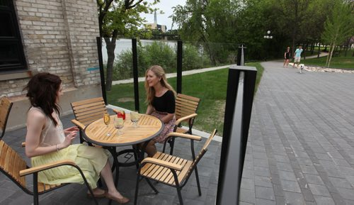 Waterfront Drive.     Photos of new patio and eatery Cibo next to Stephen Juba Park for Feature story on Waterfront Blvd.  People enjoy the outdoor patio at Cibo, a  new eatery right on the waterfront.   May 31, 2014 Ruth Bonneville / Winnipeg Free Press