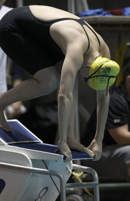 Manitoba Marlins Cody Evans starts in the 50 m freestyle  16-18 yr old girls final at the 2014 Canadian Age Group Championships at Pan Am Pool in Winnipeg –-For sports slideshow- July 25, 2014   (JOE BRYKSA / WINNIPEG FREE PRESS)