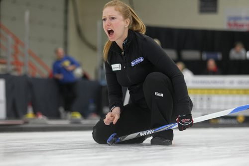 Sports, Curling. Kristy McDonald directs her teammates after throwing her rock while playing against  Jill Thurston Friday night at the Winkler Arena during the Scotties Tournament of Hearts. Jan 23, 2015 Ruth Bonneville / Winnipeg Free Press