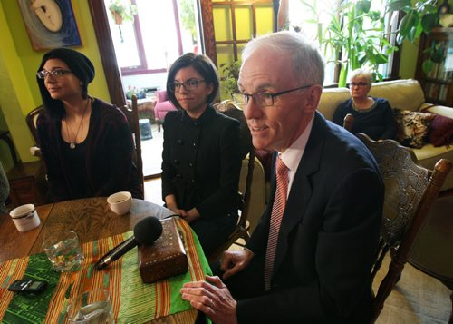 Inside a Wolseley home surrounded by women and next to his daughter MP Niki Ashton, left of steve,- Manitoba NDP leadership candidate Steve Ashton pledged to take action to end sexual violence- He pledged he would provide $1million to the cause if elected premier-See Bruce Owen story- Jan 30, 2015   (JOE BRYKSA / WINNIPEG FREE PRESS)