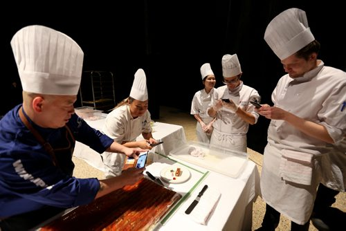 Gold Medal Plates competition at the Convention Centre, Friday, October 16, 2015. (TREVOR HAGAN/WINNIPEG FREE PRESS)