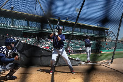 RUTH BONNEVILLE / WINNIPEG FREE PRESS  Goldeyes #3 Maikol Gonzalez in batting cage practicing his swing at the opening day training camp Saturday at Shaw Field.    May 07, , 2016