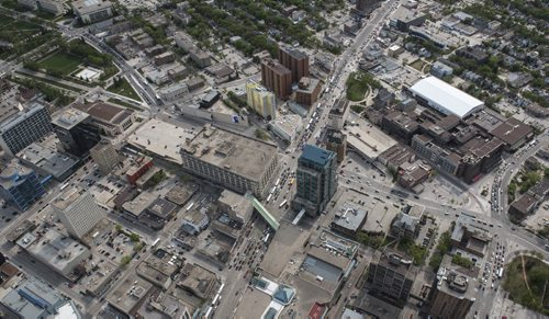 DAVID LIPNOWSKI / WINNIPEG FREE PRESS  Downtown Winnipeg featuring Hudson's Bay Company and The Winnipeg Art Gallery  Aerial photography over Winnipeg May 18, 2016 shot from STARS helicopter.