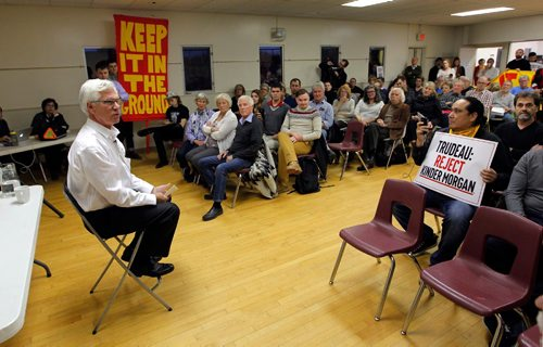 BORIS MINKEVICH / WINNIPEG FREE PRESS Natural Resource Minister Jim Carr, left-sitting in white shirt, holds a town hall at Fort Garry Community Centre in Winnipeg. Oct. 13, 2016