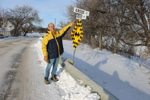 Canstar Community News Sel Burrows at Rover Avenue on Dec. 16, 2016.