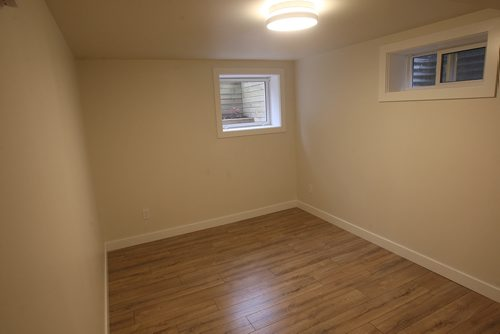 JOE BRYKSA / WINNIPEG FREE PRESS3 Mowhawk Bay - 2 x basement bedrooms with full window-Oct 03, 2017 -( See Todd Lewys story)
