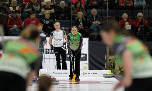 PHIL HOSSACK / Winnipeg Free Press - SCOTTIES - Skip Tiffany McLean watches her sweepers bring the rock in Wednesday in Killarney.  January 10, 2018