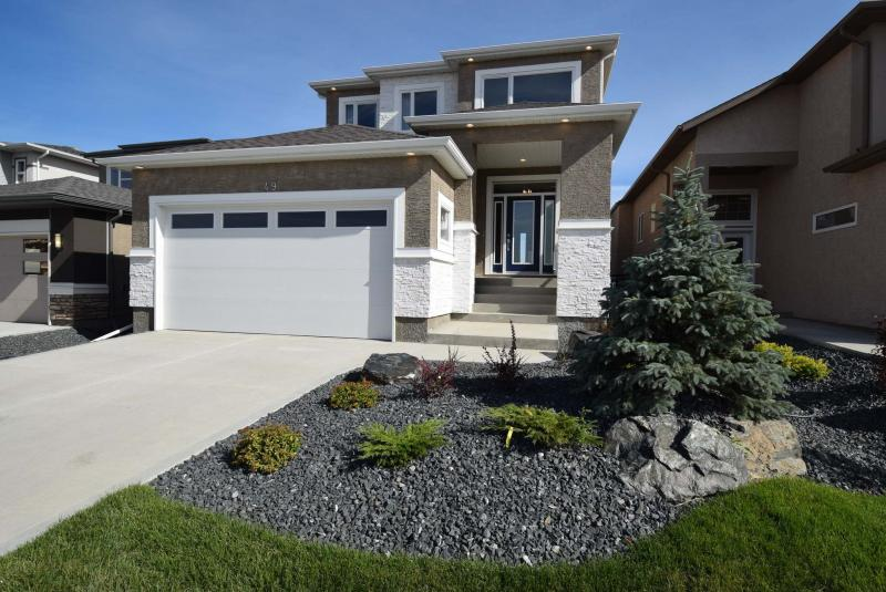 <p>Todd Lewys / Winnipeg Free Press</p><p>The Charlotte, a stunning two-storey design built by A&S Homes and located at 49 Tackaberry Way in Devonshire Park, is one of the more than 130 new homes featured in the Fall Parade of Homes. </p>