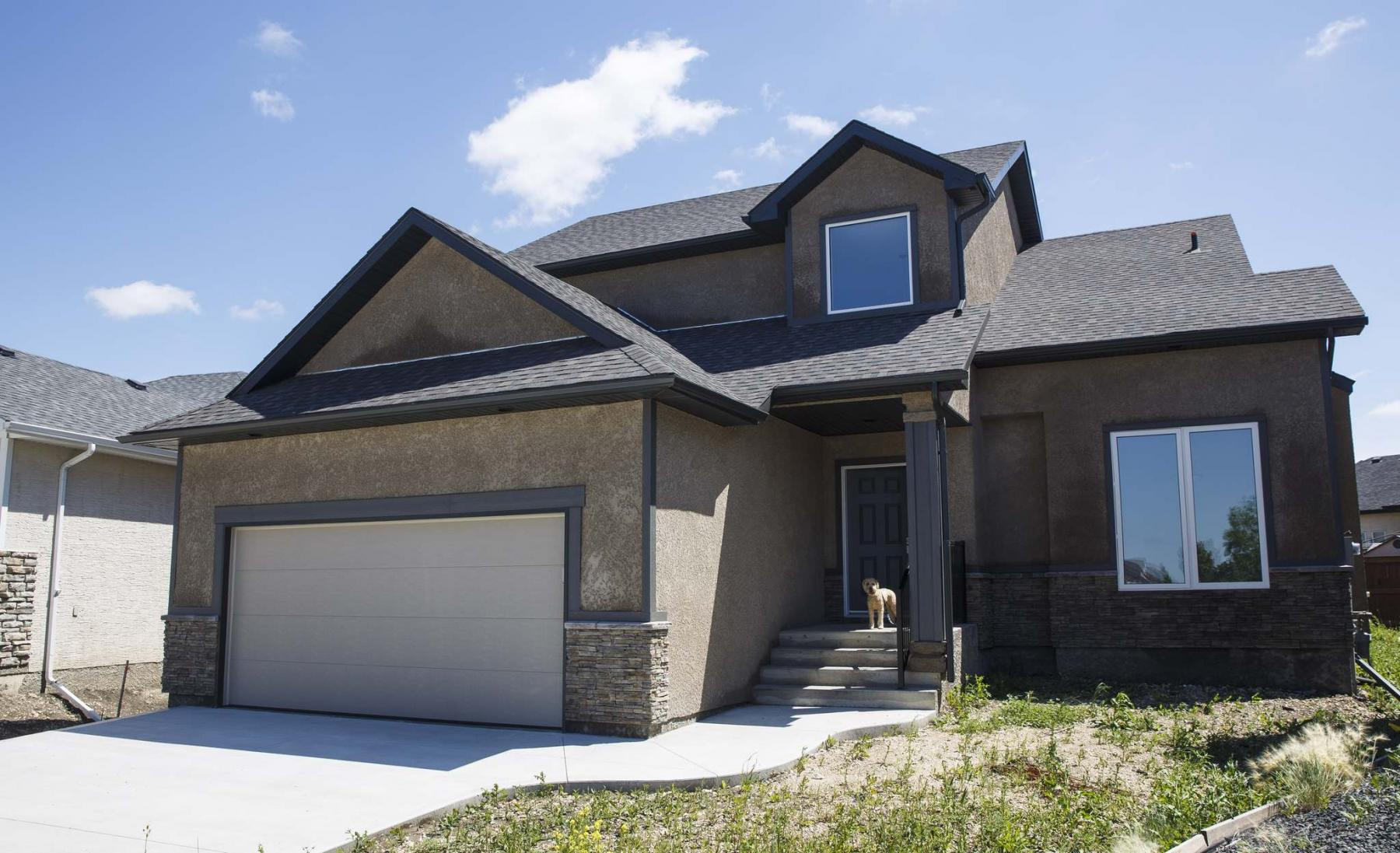 <p>photos by MIKE DEAL / WINNIPEG FREE PRESS</p><p>Built on a pie-shaped lot, this new Parkhill Homes property at 23 Tellier Place in South Pointe is loaded with quality finishes and offers functional livability in a generous space.</p></p>