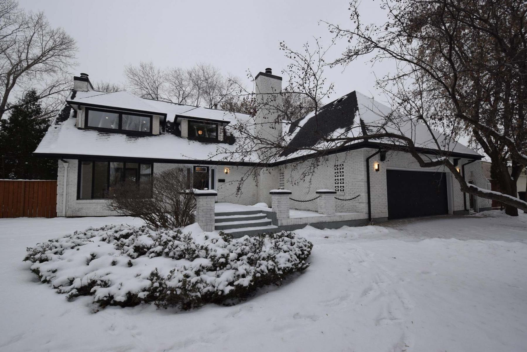 <p>Todd Lewys / Winnipeg Free Press</p><p>A nine-month renovation transformed this Tuxedo classic from dated to dynamic.</p>