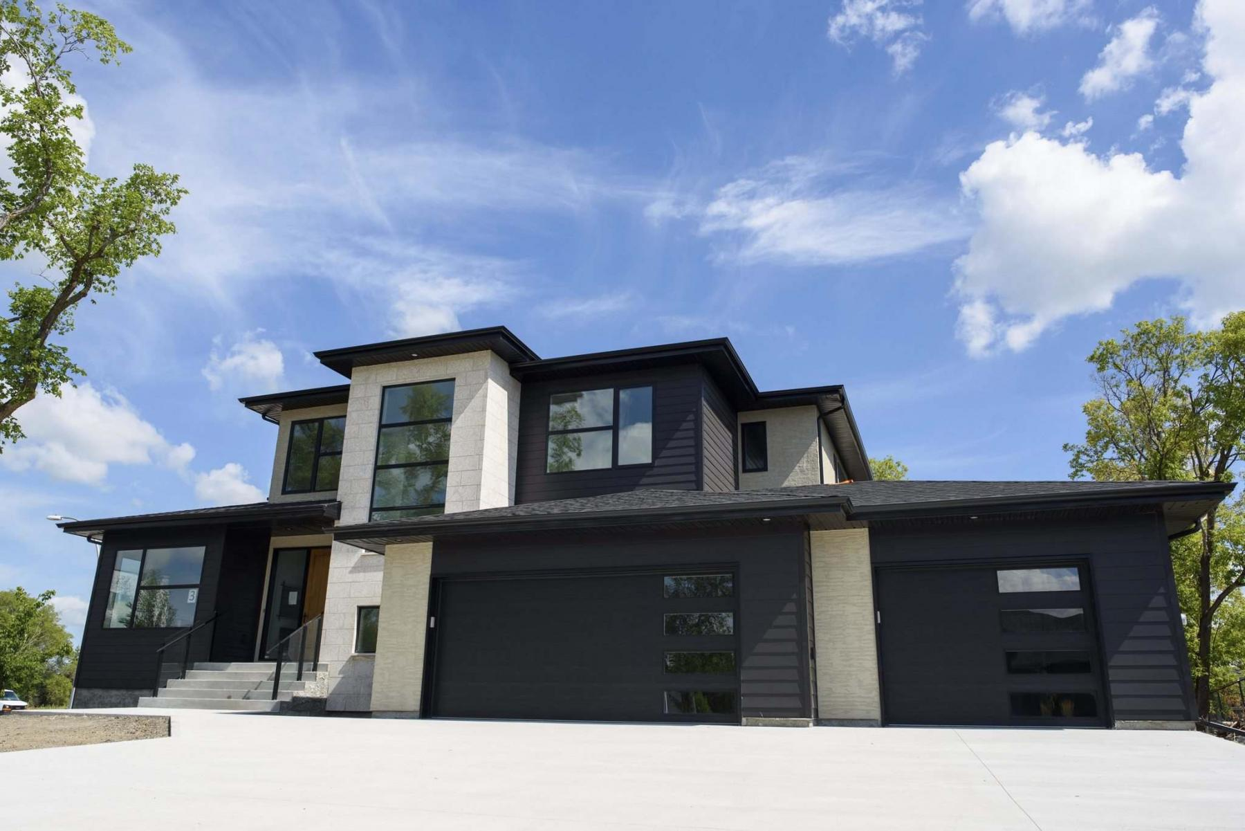 <p>JESSE BOILY / WINNIPEG FREE PRESS FILES</p><p>The Parade of Homes is the Manitoba Home Builders&rsquo; Association&rsquo;s twice-yearly showcase of new homes for every budget.</p></p>
