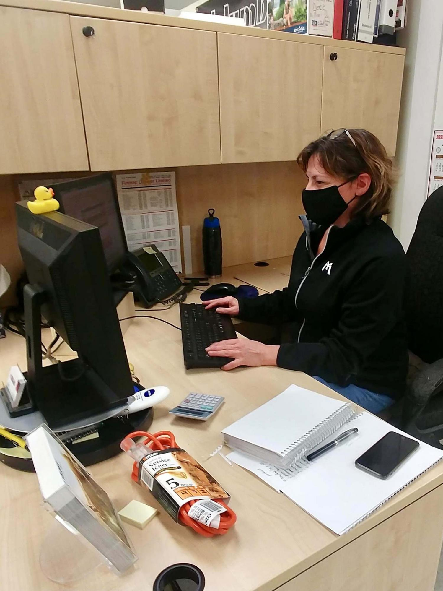 <p>Photos by Marc LaBossiere / Winnipeg Free Press</p><p>Teresa Chaboyer, a commercial sales rep at McMunn &amp; Yates on Pembina Highway, works diligently catering to her customers&rsquo; needs. </p>