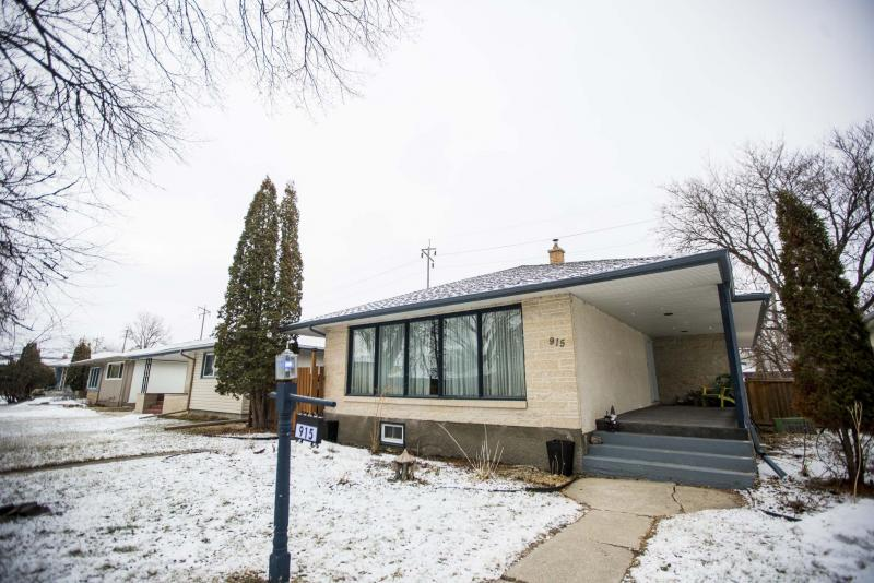 <p>The bungalow at 915 Campbell St. has been thoroughly remodelled. (Photos by Mikaela MacKenzie / Winnipeg Free Press)</p>