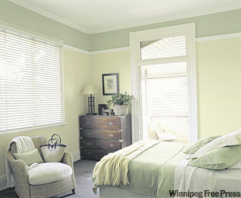 Tiny amount of paint can create big drama winnipeg free for Dulux paint bedroom ideas