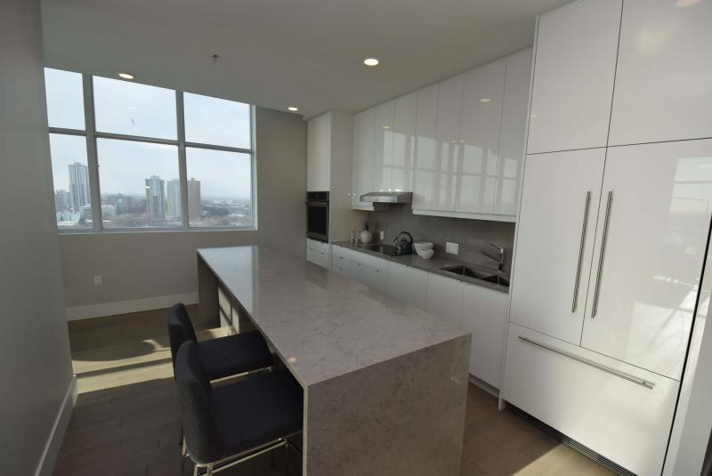 <p>Todd Lewys / Winnipeg Free Press</p><p>You can see the Golden Boy at the top of the legislative building through a big window on the kitchen's side wall. There is also a river view from the balcony. Each unit comes with a balcony or terrace.</p>
