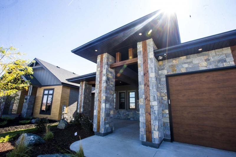 <p>MIKAELA MACKENZIE / WINNIPEG FREE PRESS</p><p>Huntington Homes' show home at 376 Willow Creek Road in Bridgwater offers five bedrooms, 3½ bathrooms and more than 2,500 sq. ft. of livable space.</p>