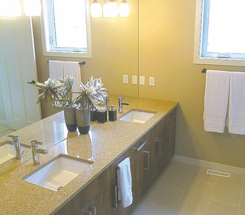 Winnipeg Bathroom Vanities: Small Touches, Super Style