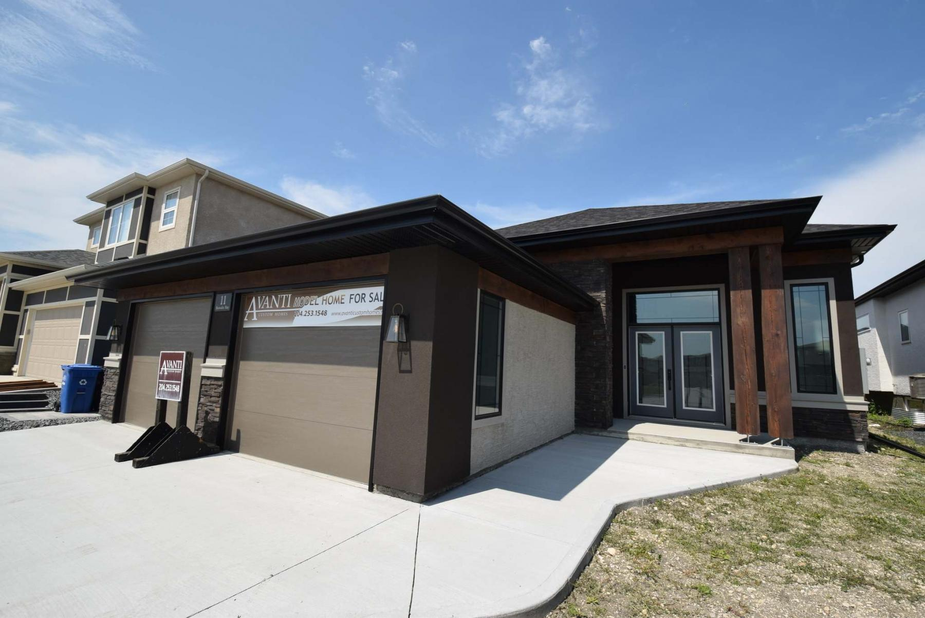 The home may well be the only high-end bungalow left for sale in Sage Creek, and it's priced to move. (Photos by Todd Lewys / Winnipeg Free Press)