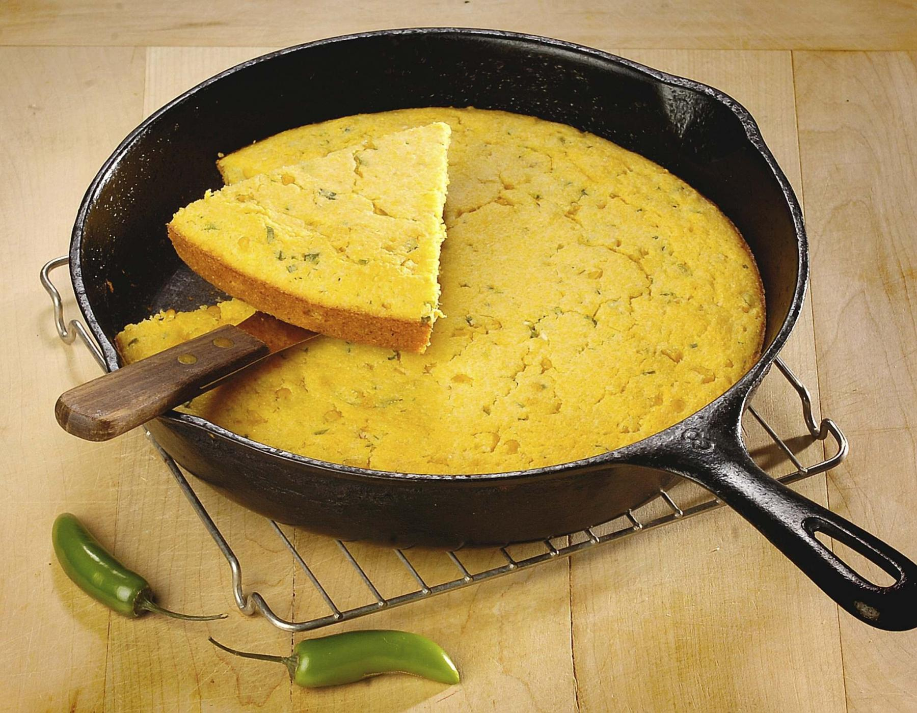 <p>Peter Battistoni / Vancouver Sun</p><p>You can use vegetable oil and heat to clean your cast-iron frying pan, or even scrub it with coarse salt and a potato cut in half. </p>
