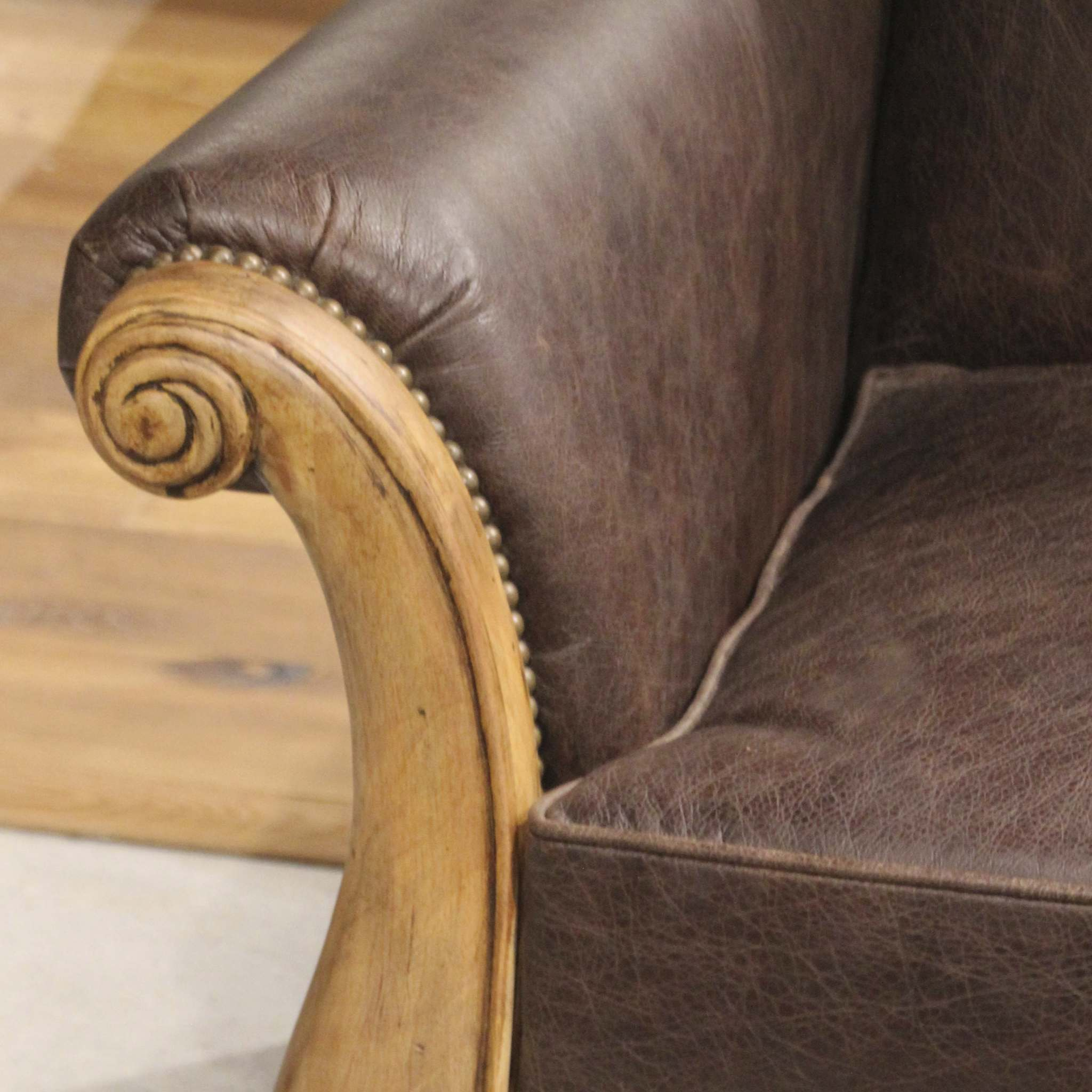 Many Options To Remove Smell From Leather Furniture