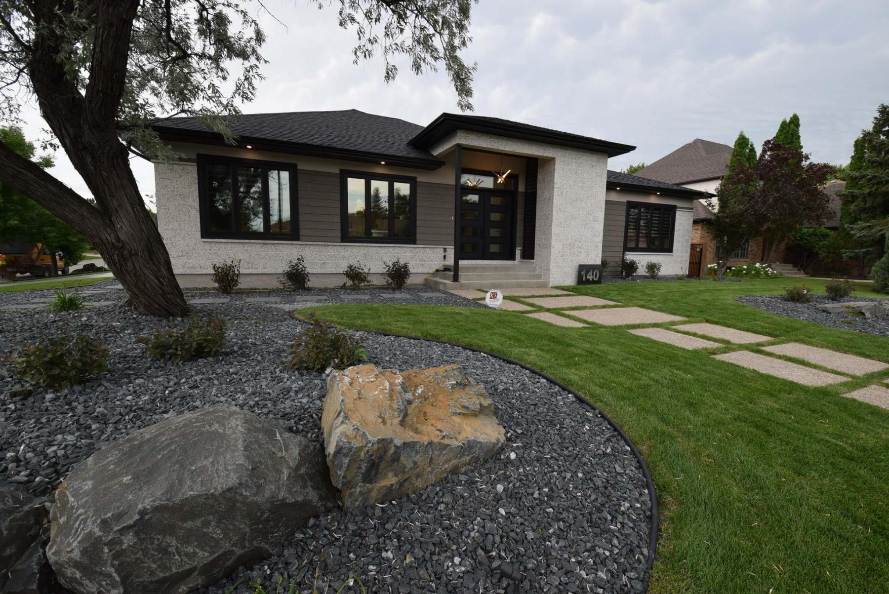 <p>Photos by Todd Lewys / Winnipeg Free Press</p><p>A classic tyndall stone exterior gives this bungalow a timeless curb appeal. </p>