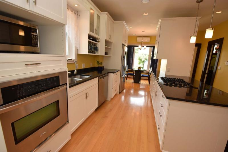 <p>Photos by Todd Lewys / Winnipeg Free Press</p><p>A huge, contemporary kitchen is the home's 'centrepiece,' according to realtor Scott Moore.</p>