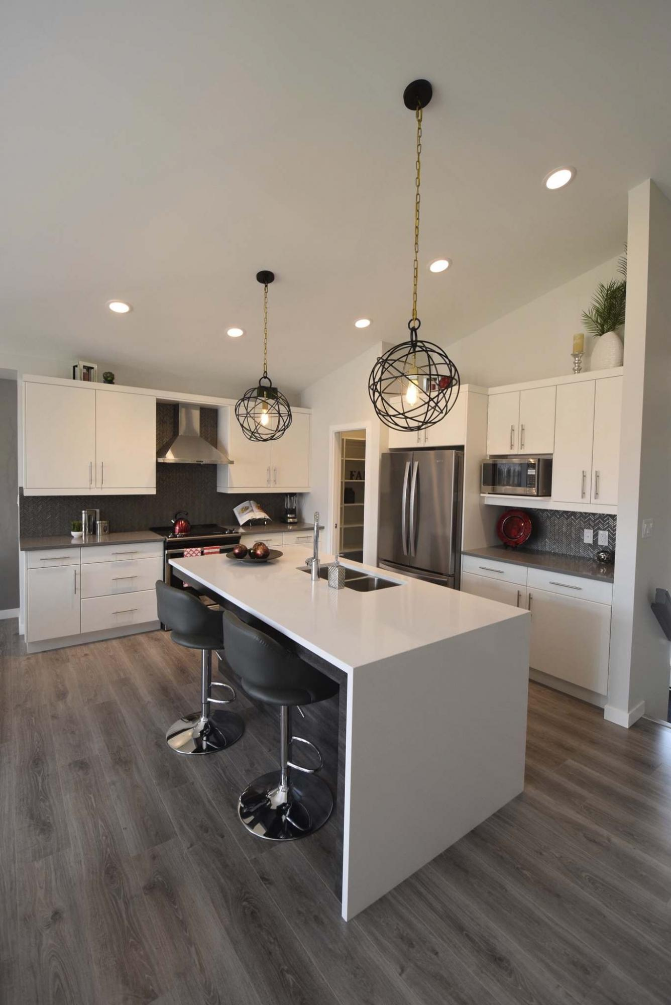 <p>Todd Lewys / Winnipeg Free Press files</p><p>This year's Fall Parade of Homes features more than 130 show homes in 38 communities.</p>