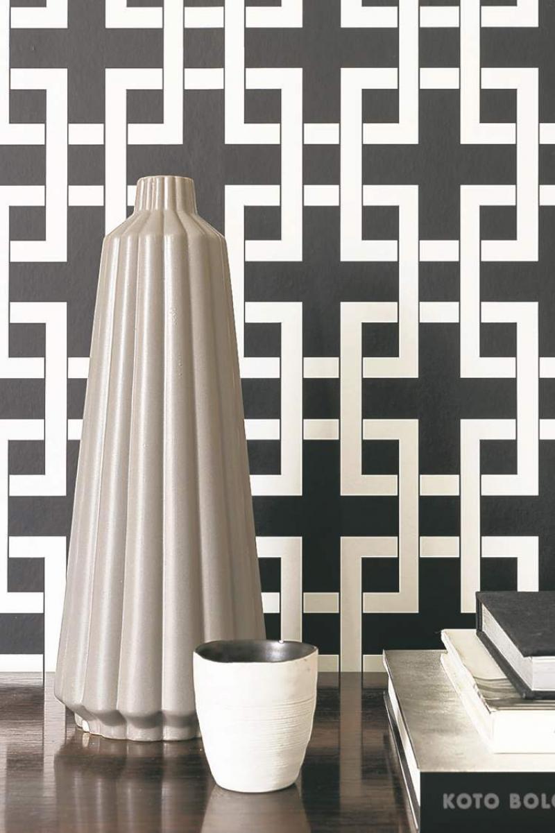 Connie Oliver Versatile Wallpaper Making Big Comeback