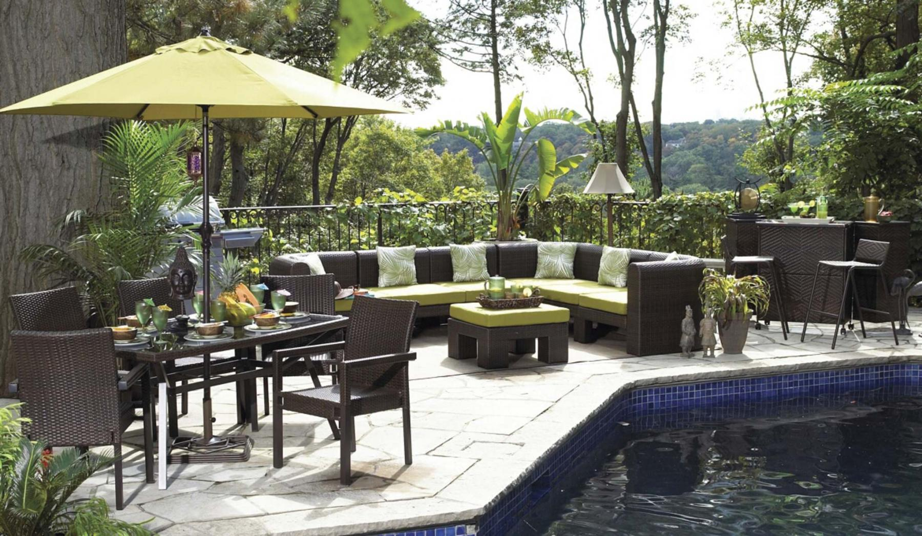 <p>Canadian Tire </p><p>High-density polyethylene plastic outdoor furniture is sturdy and easy to clean. </p>