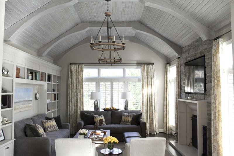 "<p>Jamie Sentz / Jamie D Photography</p><p>In this home, the ""statement"" ceiling demands that you look up.</p>"