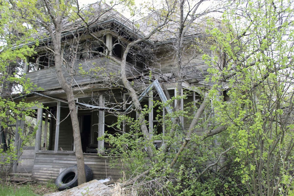 <p>Supplied</p><p>This house is one of two farmhouses built by two Kellaway brothers in the early 1900s. This one appears to have been abandoned, while its partner awaits restoration and renovation.</p>
