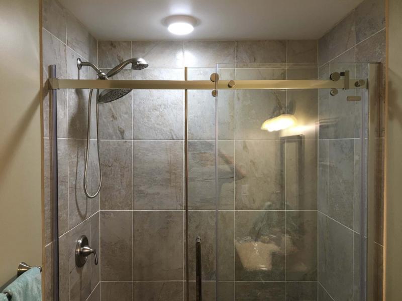 Barn-style simplicity in your bathroom - Winnipeg Free Press Homes
