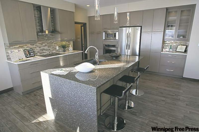 Quartz countertops winnipeg light and bright winnipeg for Kitchen designs by decor winnipeg