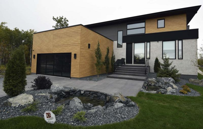 <p>Todd Lewys / Winnipeg Free Press Files </p><p>This year, there were 34 separate categories in the Manitoba Home Builders' Association's Fall Parade of Homes.</p>