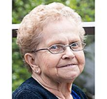 NELLIE DMYTRIW (EVELYN) Obituary pic