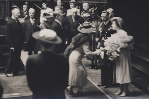 king george and queen elizabeth during royal visit in winnipeg - 1939