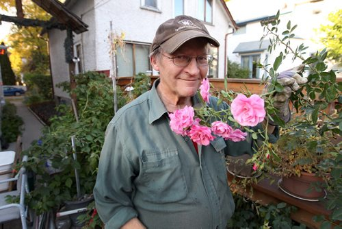 Andrew Sirski is a retired manand manages his own retirement portfolio- when relaxing he loves to spend time in his garden - See Martin Cash story – Oct 04, 2011   (JOE BRYKSA / WINNIPEG FREE PRESS)
