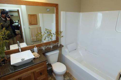 Randall Homes - 210 Tychonick. November 22, 2011 (BORIS MINKEVICH/ WINNIPEG FREE PRESS)