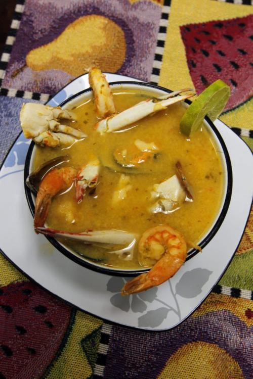 FOOD REVIEW - Cafe Mercadito Latino. Various dishes. November 23, 2011 (BORIS MINKEVICH/ WINNIPEG FREE PRESS)