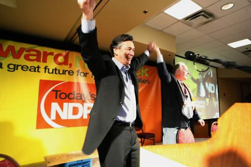 John Woods / Winnipeg Free Press / February  3 2007 - 070203  - Gary Doer raises his arms just prior to his speech at the provincial NDP convention at the Canad Inns Polo Park Saturday  Feb 3/07.