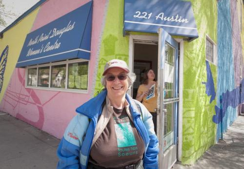 Elaine Bishop outside the North Point Douglas Women's Centre, which she's run for seven years now as Executive Director. Story by Randy, FYI 120516 - Wednesday, May 16, 2012 -  Melissa Tait / Winnipeg Free Press