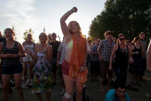 Emma Farmer dances during the 2012 Winnipeg Folk Festival on Saturday. 120707 - Saturday, July 07, 2012 -  Melissa Tait / Winnipeg Free Press