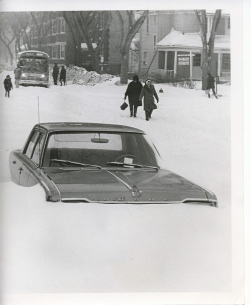 Gerry Cairns/Winnipeg Free Press Archives  Winnipeg Blizzard (25) March  4 & 5, 1966 storm fparchives