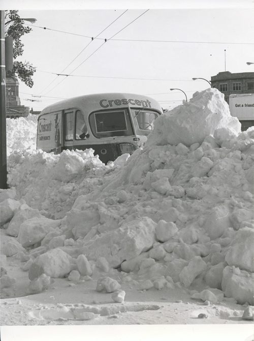 Winnipeg Free Press Archives Winnipeg Blizzard (29) March 5, 1966 Crescent Creamery truck in snow- Memorial Boulevard fparchive