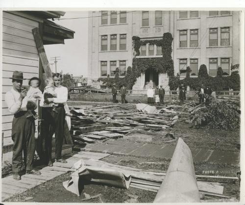 L. B. Foote / Winnipeg Free Press Winnipeg storm  (10) June 17, 1919 Winnipeg scenes following wind storm fparchive