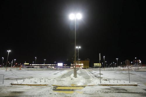 November 27, 2012 - 121127  -  An near empty IKEA parking lot sits waiting for the thousands of consumers Tuesday, November 27, 2012. IKEA opens on Wednesday morning.  John Woods / Winnipeg Free Press
