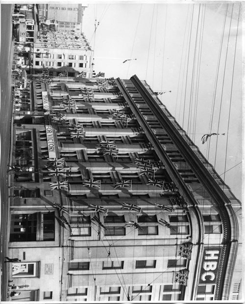 The Hudson's Bay Company store downtown.  No date given, but it must be shortly after the end of WW2. Winnipeg Free Press Archives